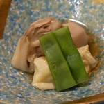 銀座 こころん - スズキの湯葉巻き、野菜の炊き合わせ