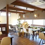 LUSSO - 店内