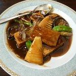 ハオ ハオ - 揚豆腐と野菜のオイスターソース煮780円