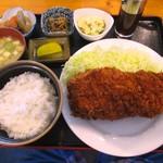 68791225 - 三元豚ロースカツ定食1000円