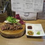 肉バル キングコング - 黒毛牛リブロースステーキ