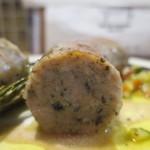 肉バル キングコング - 粗挽きソーセージ断面アップ