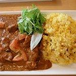 デリアンドカフェ・ヤマグチ - 子羊肉のスパイシーカレー