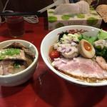 はまんど横須賀 - 冷やしラーメン&ローストポーク丼