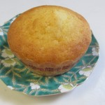パン工房トトロ - 料理写真:マフィン120円。  フワフワ生地のマフィンは前にある小学校の生徒にも人気の商品です。