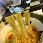 68804231 - 黒船特製の麺!