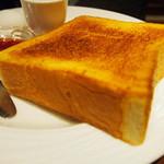 珈琲茶館 集 - トーストセット