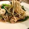 ローマ軒 - 料理写真:ジャポネーゼ  醬油味で小松菜、魚介、豚肉、大葉、トマト