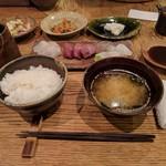 海山 - 本日の刺身定食¥900。