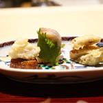 祇園 又吉 - 稚鮎、黄金蟹の真薯、新小芋、鯵、お麩