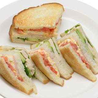 焼きたてのサンドイッチメニュー!