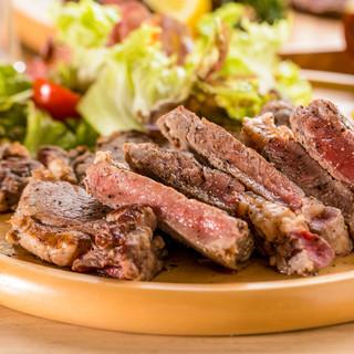 肉バル◆豪快な肉料理を贅沢に堪能できる!