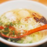 麺屋 燕 - 極みネギ塩ラーメン+味玉120円税込横から
