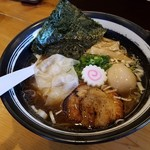 麺舞 龍e - 料理写真:特性本丸を攻めてみたぞん