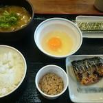 68823407 - 選べる和定食、豚汁変更、納豆を付き(税込530円)(2017.6)