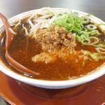 新福菜館 - 「旨辛ミンチそば」は、「新福菜館」の「中華そば」に旨辛ミンチを加えたもので