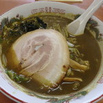 カレーらーめん じぇんとる麺 - 料理写真:カレーラーメン