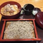 近江家 - カツ丼ともり蕎麦のセットは900円!