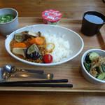 北九州 タニタ食堂 - 料理写真:「野菜カレー定食」780円