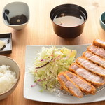 MORI-MESHI 小田原 - ロースカツ定食220g(税抜1,380円)