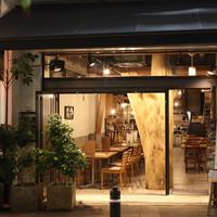 MORI-MESHI 小田原 - 過ごしやすい季節は扉全開で営業します