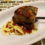 串かつゴエンヤ - 牛フィレ肉とフォアグラのロッシーニ 〜赤ワインソース〜