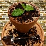 串かつゴエンヤ - 植木鉢ティラミス
