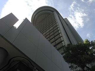 文京区役所 職員食堂 - 下から見上げる        天上界に住む人々