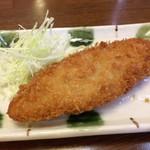 源ちゃんらーめん - 「白身フライ定食」(税抜864円)の白身フライ