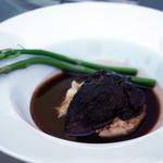 フェルミエ - 牛ほほ肉の赤ワイン煮
