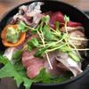 お魚のなかだ - 料理写真:海鮮丼