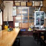 民生食堂 天平 - 日本家屋そのままの店内