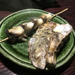 68851621 - 岩牡蠣とツブ貝を選んで蒸してもらいました