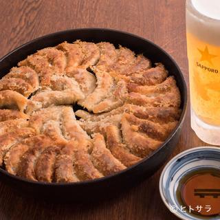 博多・祇園で誕生した、愛され続けている名物『餃子』