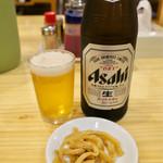 手打ちラーメン 本丸 - 「ビール中瓶」(500円)