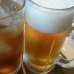 台湾料理 桃園 - ウーロンハイと生ビール(480円)