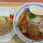 マルナカパワーシティー鳴門店フードコート - 料理写真:ラーメンA定食