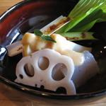 蔵精 - 料理写真:山里の刺身 ぷるんぷるんの手作り蒟蒻に蔵付き天然麹菌の白みそ、酢、自家製玄米甘酒を入れた酢みそ掛け