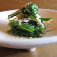 蔵精 - 春の山菜お浸し 筍の姫皮の出汁が旨みを引き出し山菜の素材を生かした逸品お浸しです