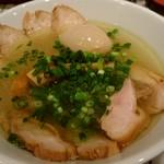 68859674 - 鶏チャーシュー麺