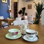 カフェ・すまいる - コーヒー、紅茶を お好きなカップで