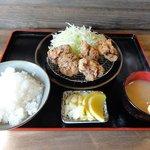 すみ家 - 唐揚げ定食700円