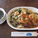 蝦仁 - エビ焼きそば(やわらかい麺の方)