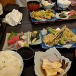 吉備路 - 料理写真:日替わりランチ840円