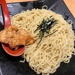 68861656 - TETSUー102 中細縮れ麺
