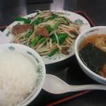 68866169 - レバニラ炒め定食と半ラーメン('12.01)