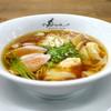 ラーメン ドゥエ エド ジャパン - 料理写真:醤油らぁ麺