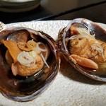 海鮮呑屋 うさぎ小屋 - 大あさり焼き