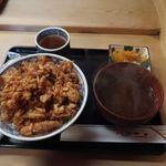 天茂 - かき揚げ丼と味噌汁