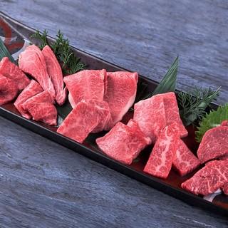 山形牛焼肉や、認可店のみ提供できる神戸牛刺身や肉寿司